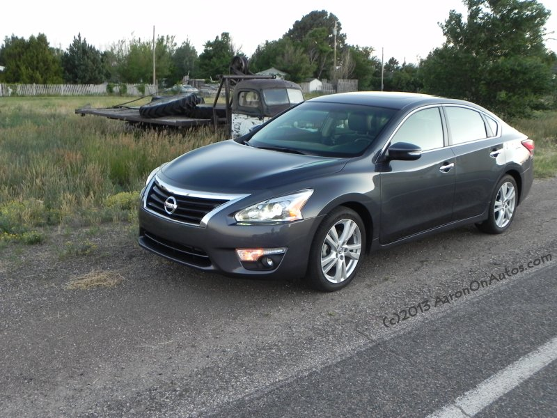 2013 Nissan Altima 3.5 SL Photo Gallery