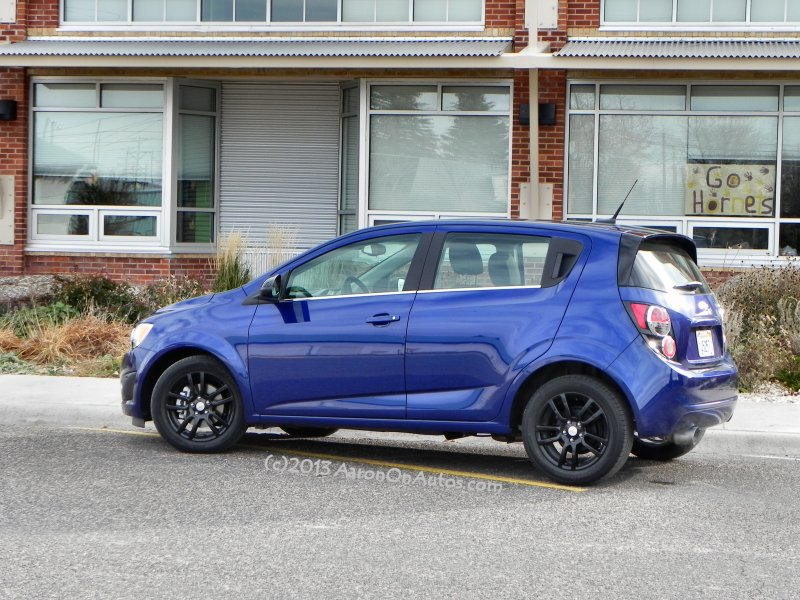 2014-chevrolet-sonic-5dr-lt-daycare1-aoa800px
