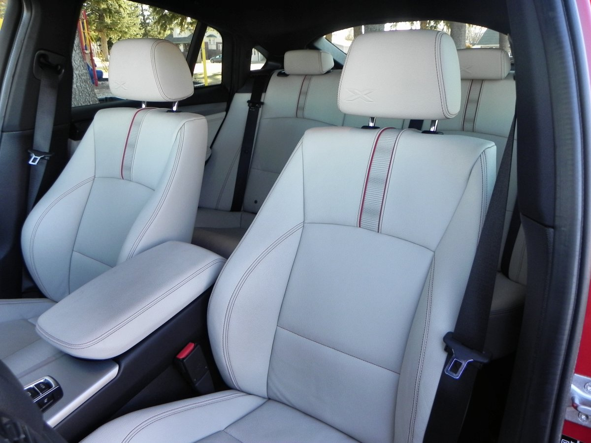 2015 BMW X4 Interior Review