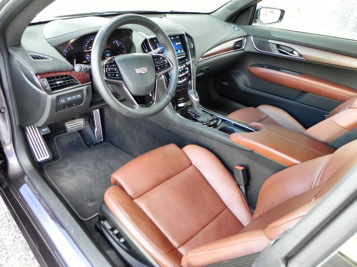 2015 Cadillac ATS Interior Review