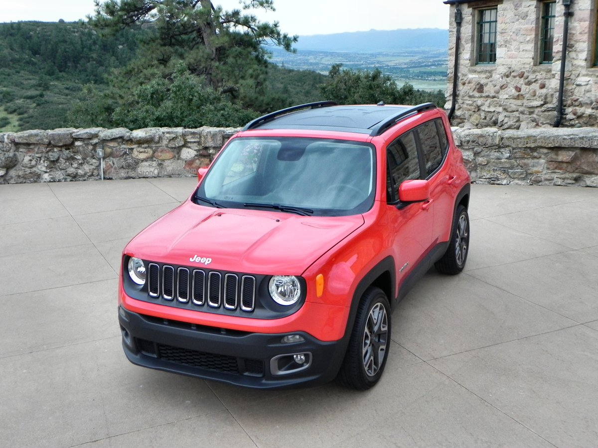 2015 Jeep Renegade Gallery