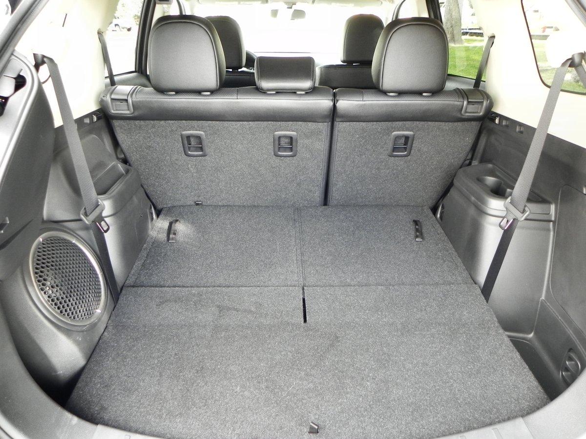 mitsubishi outlander interior review aaron  autos