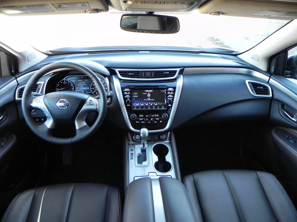 2015 nissan murano interior review aaron on autos. Black Bedroom Furniture Sets. Home Design Ideas