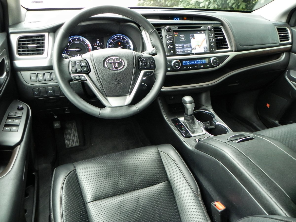 2015 Toyota Highlander Is Family Oriented Excellence