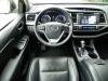2015 Toyota Highlander - interior 5 - AOA1200px