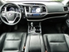 2015 Toyota Highlander - interior 7 - AOA1200px