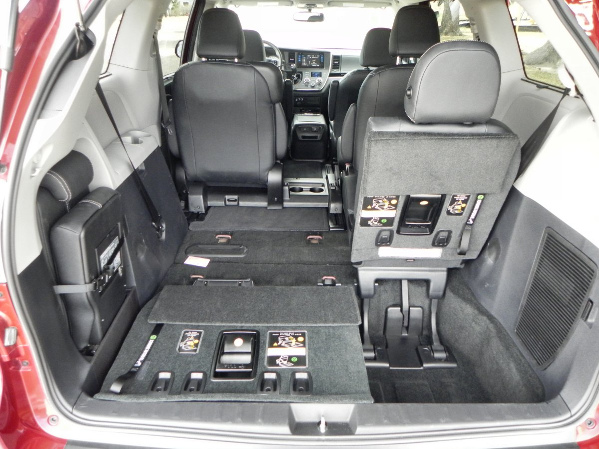 Toyota Sienna Interior Images Image Of