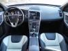 2015 Volvo XC60 - interior 6 - AOA1200px.jpg