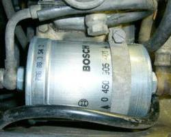 Fuel Filter Locations and Replacement