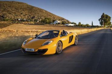 McLaren 12C Spider makes Italian premier in Bologna