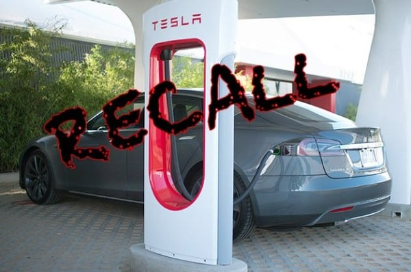 Another fire prompts NHTSA Model S recall