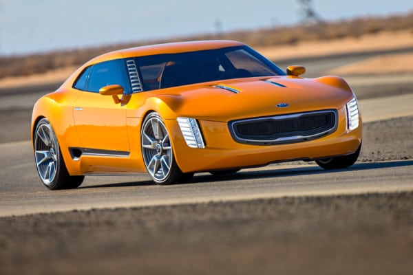 Kia unveils surprise GT4 Stinger rear-drive concept at NAIAS