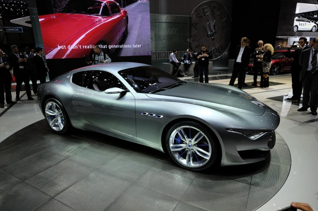 Maserati Alfieri concept coupe makes love in Geneva