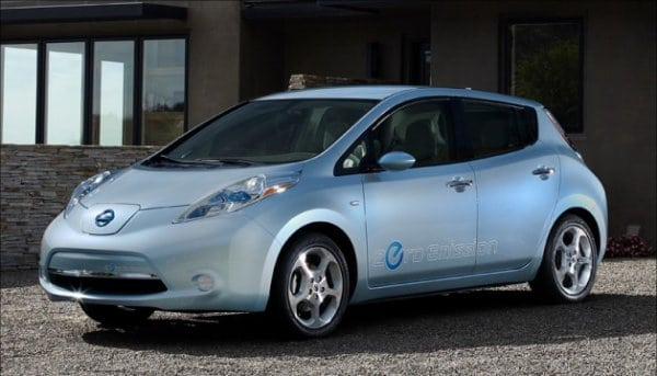 Nissan LEAF edges out Volt, Model S for 2014 plug-in dominance