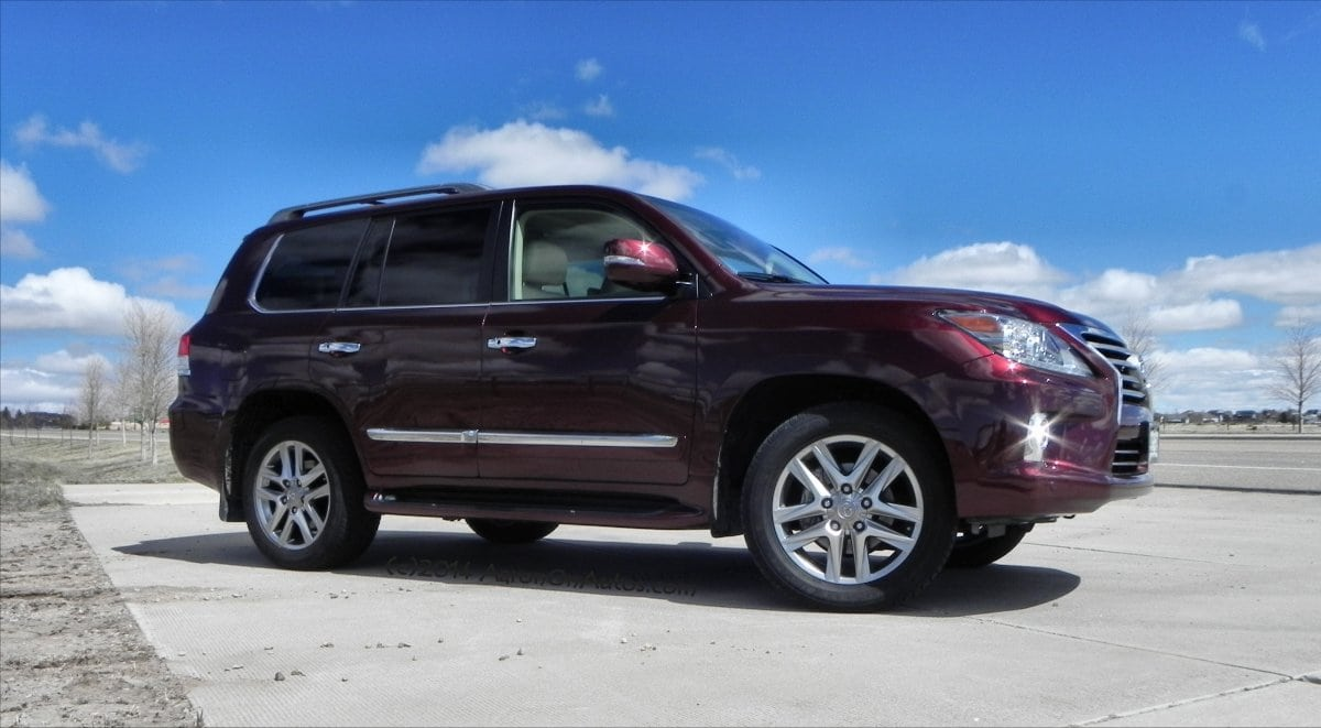 2014 Lexus LX570 – Luxurious Offroading At It's Finest