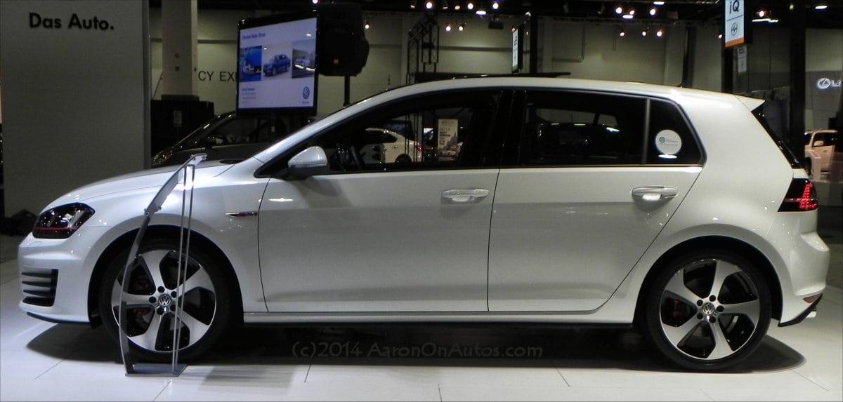 2015 Volkswagen Golf GTI first look impressiveness