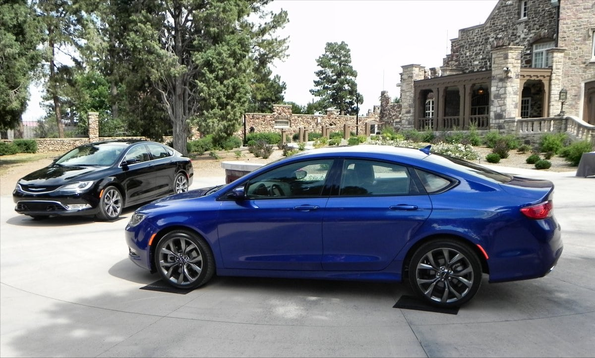 2015 Chrysler 200 gives a first impression worth an ovation