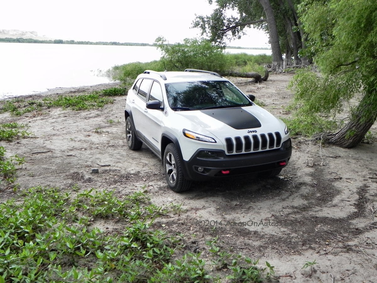 2014 Jeep Cherokee Trailhawk – Get There and Do Stuff