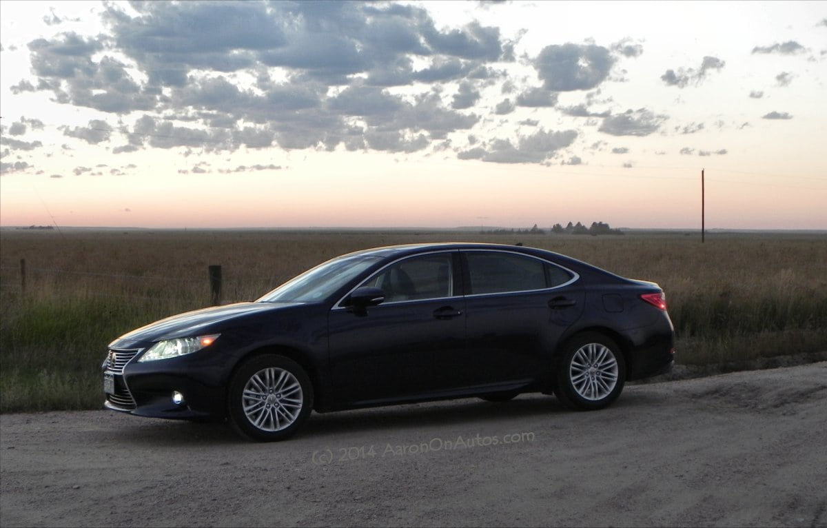 The 2014 Lexus ES350 Is Everything The First Lexus Should Be