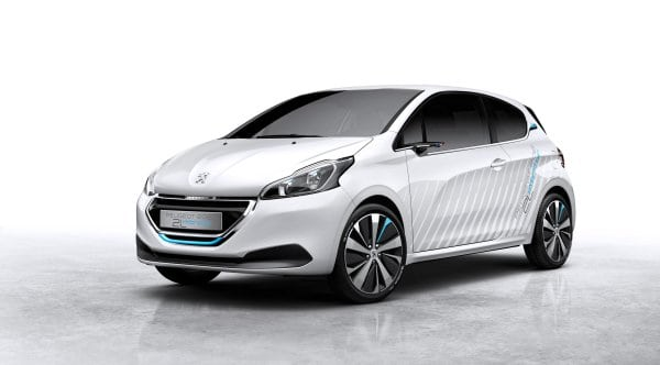 Peugeot 208 HYbrid Air 2L Demonstrator Brings Back 'Air Cars'