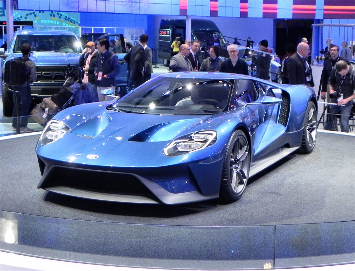 Five Technology and Styling Trends from the 2015 Detroit Auto Show