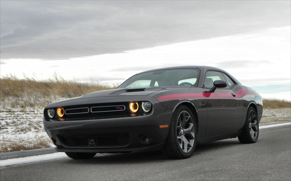 2015 Dodge Challenger R/T Is A Muscular Cruiser