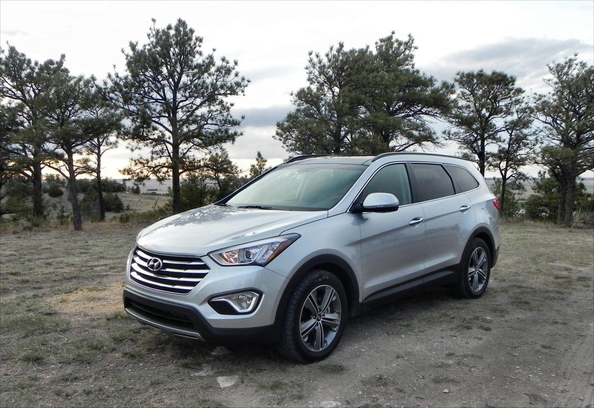 2015 Hyundai Santa Fe Hits All the Right Buttons