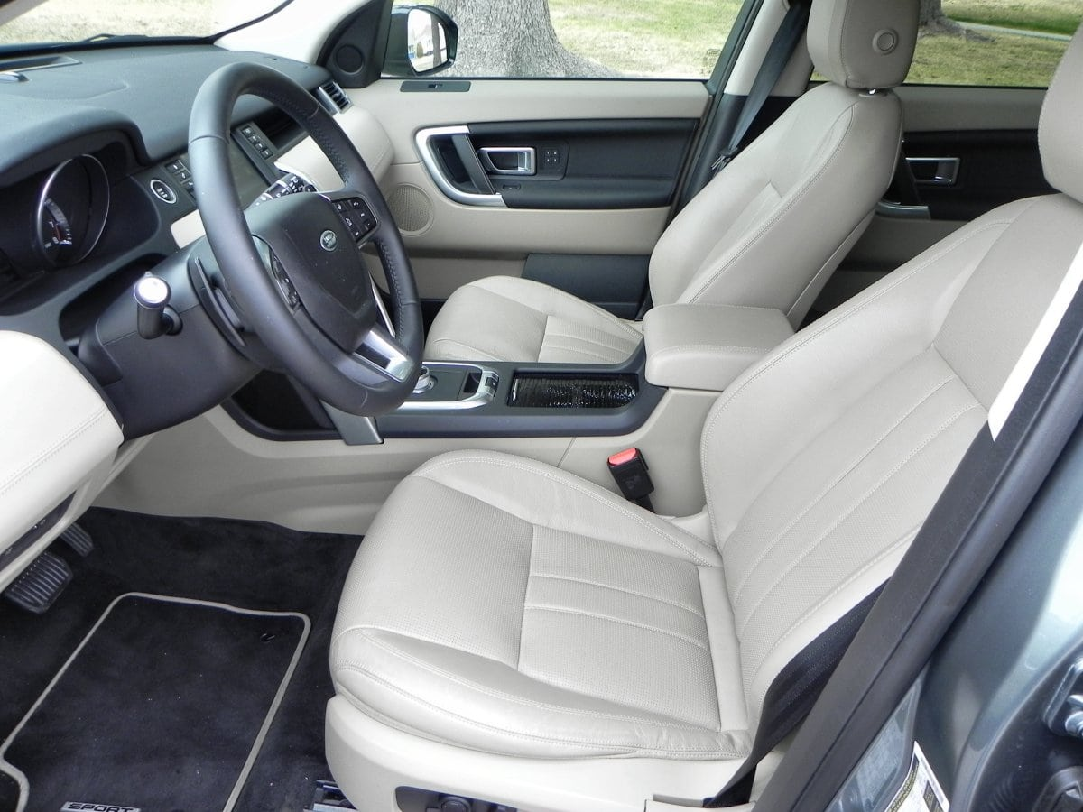 2015 Land Rover Discovery Sport interior review