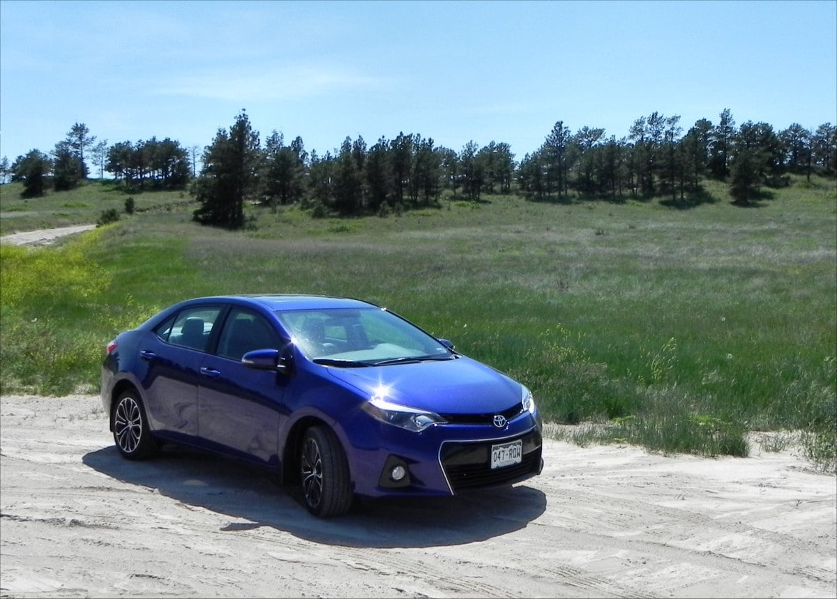 Review: 2015 Corolla Delivers on Versatility, Economy, Value