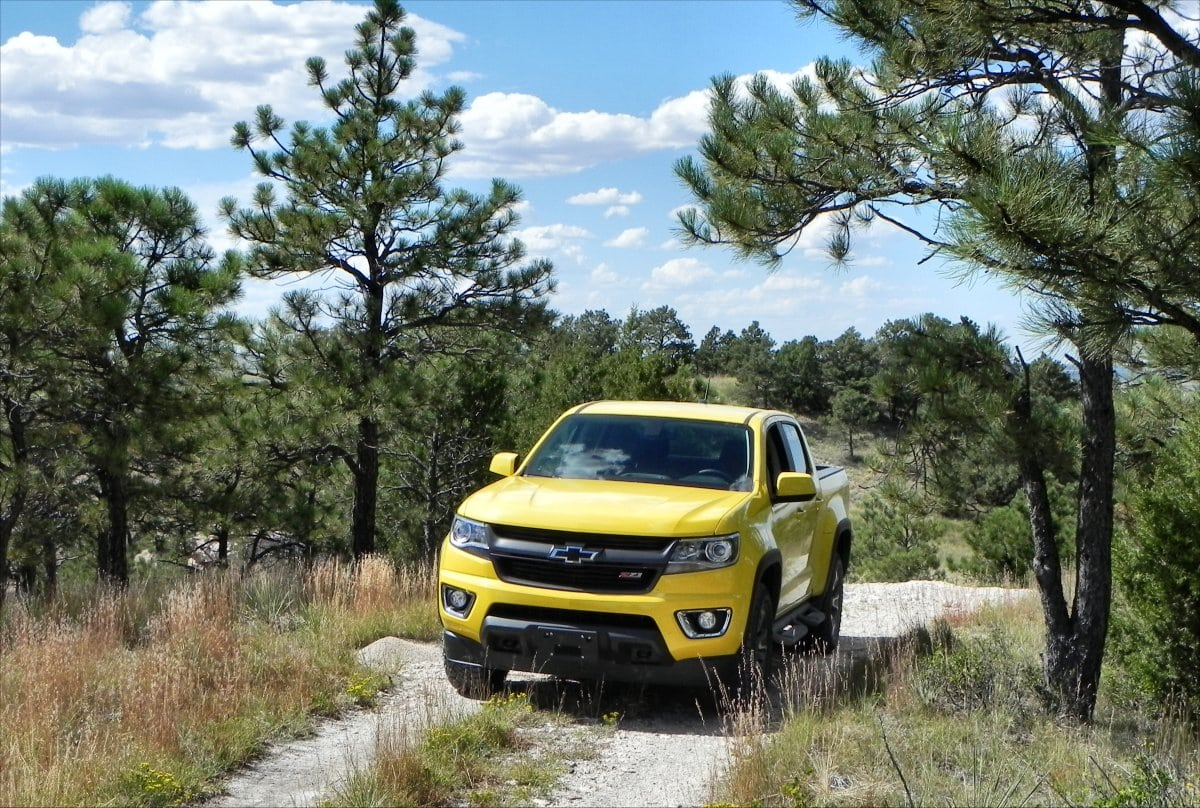 2015 Chevrolet Colorado Is An All-new Not-so-Midsize Pickup