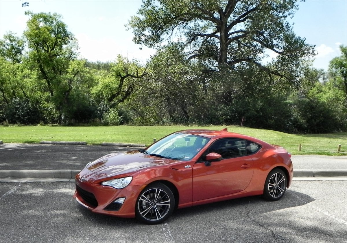 Review: The 2016 Scion FR-S is potential on four wheels