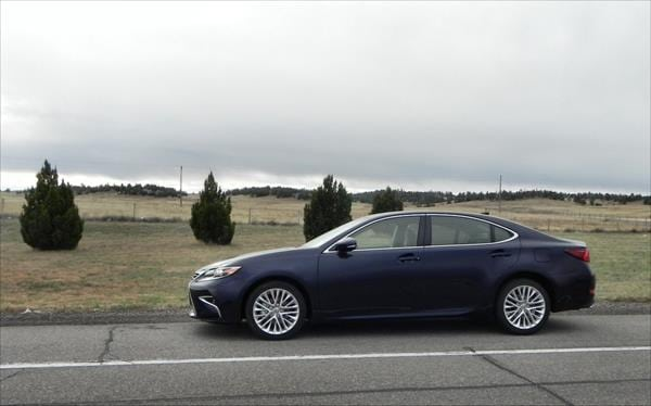 Review: Classy and dignified 2016 Lexus ES 350