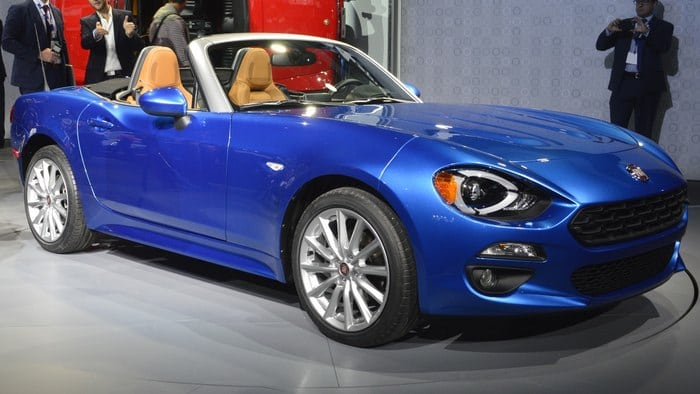 Fiat 124 Spider: A little car brings a lot of history to 2017