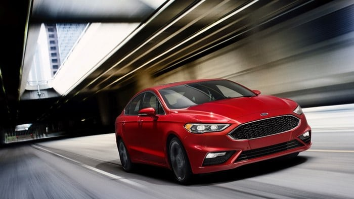 Ford Fusion gets class-leading V6, hybrid updates