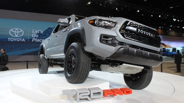 2017 Toyota Tacoma TRD Pro seeks to raise the bar on factory offroad extremes