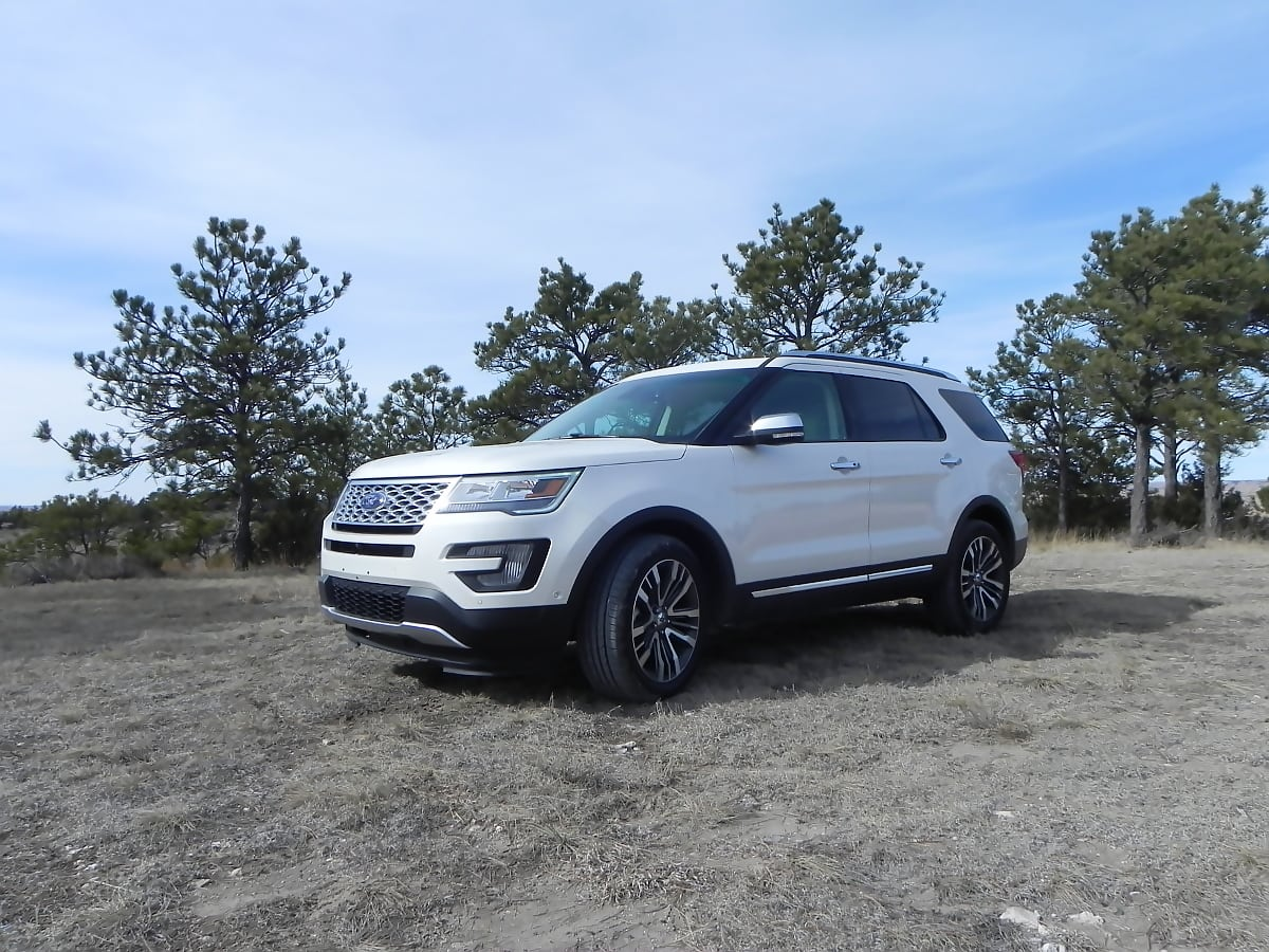 2016 Ford Explorer is Just Large Enough
