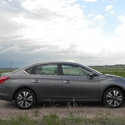 2016 Nissan Sentra minorly improves on a majorly good car