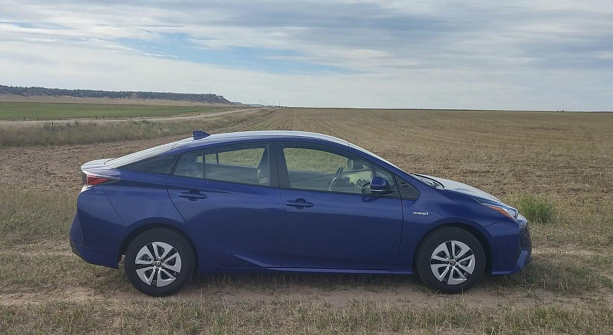 2016 Toyota Prius still defines fuel efficient driving