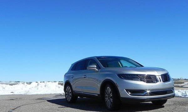 Review: 2016 Lincoln MKX Offers Reliability and Convenience