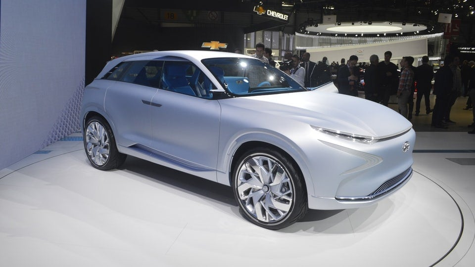 Hyundai drops next-gen fuel cell concept in Geneva