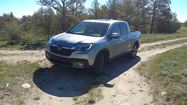 2017 Honda Ridgeline Is an Atypical, Useful Pickup