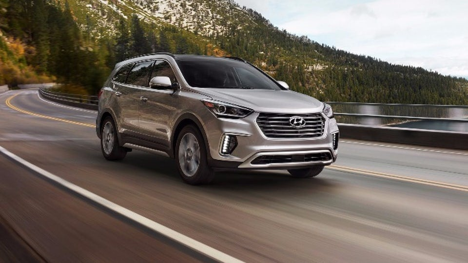 Review: 2018 Hyundai Santa Fe may not bling it, but does bring it