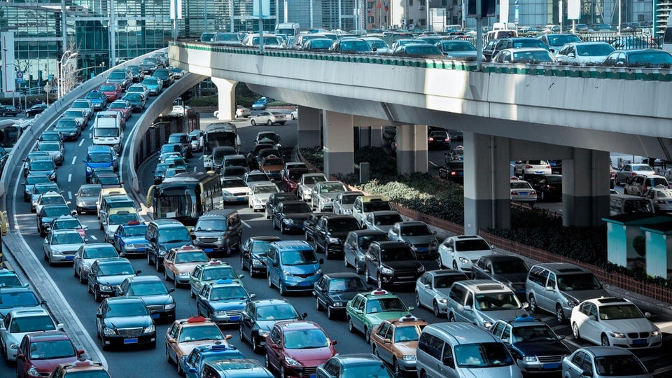Study shows tailgating can slow everyone down