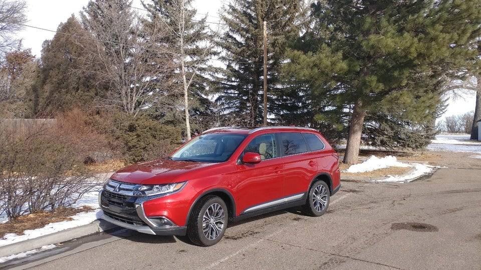 Review: 2018 Mitsubishi Outlander is a budget-minded 3-row that doesn't cheap out
