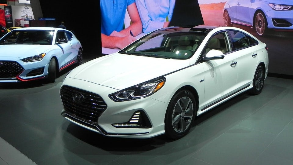 2018 Hyundai Sonata Hybrid and Plug-in Hybrid unveiled in Chicago