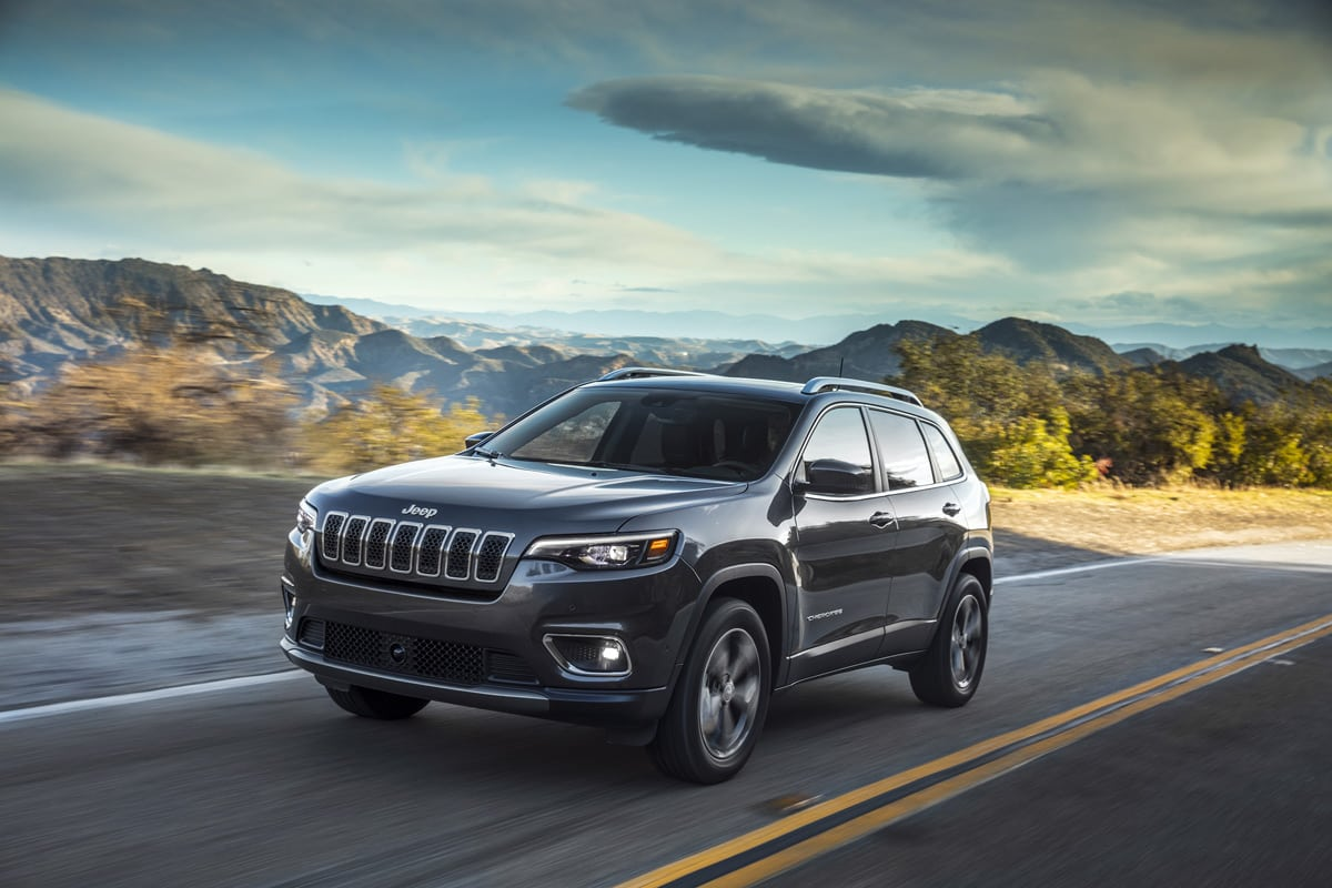 All-New 2019 Jeep Cherokee Is Still A Jeep But Way Prettier