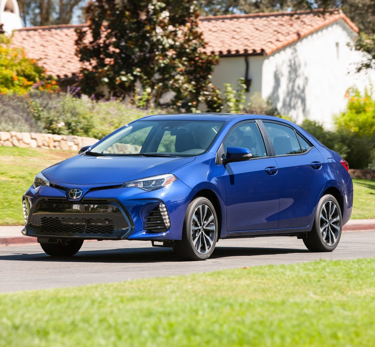 2018 Toyota Corolla Aims To Up the Game In Safety