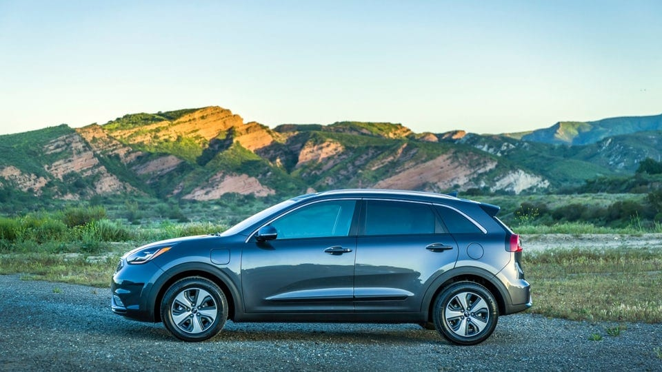 Review: 2018 Kia Niro Plug-In Hybrid is an efficient set of wheels