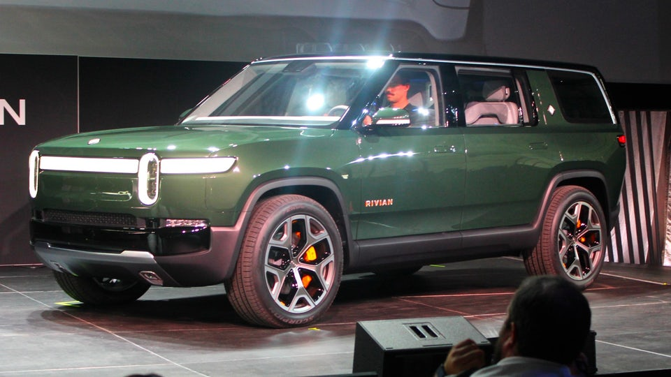 Rivian launches electric R1S sport utility