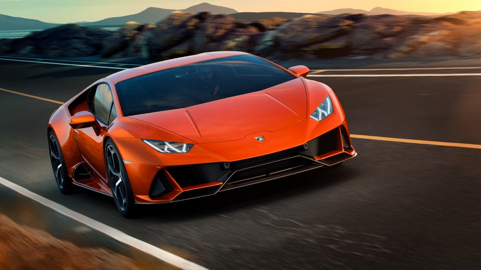 Lamborghini Huracan Evo takes the supercar to a new level